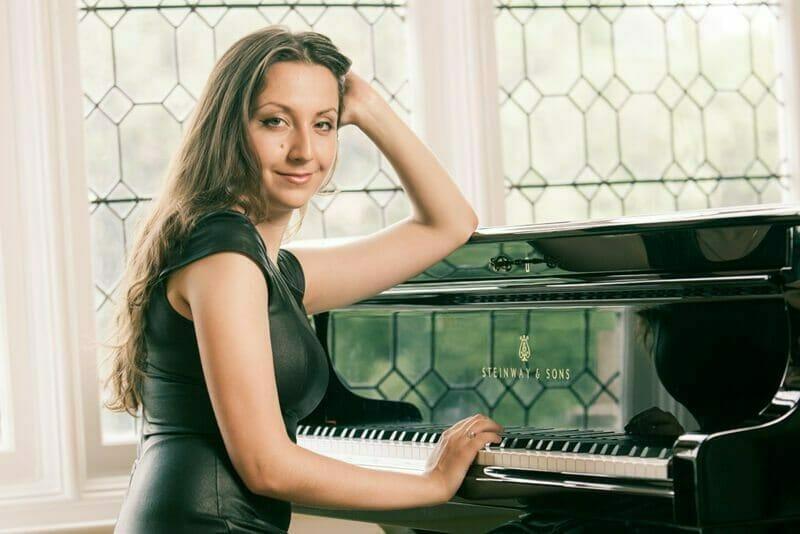 Musician, Maria kheychefs